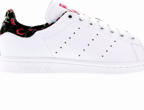 6x musthave White Sneakers