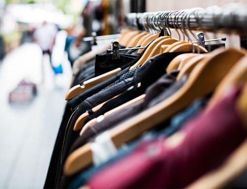 Dit gebeurt met niet verkochte sale kleding