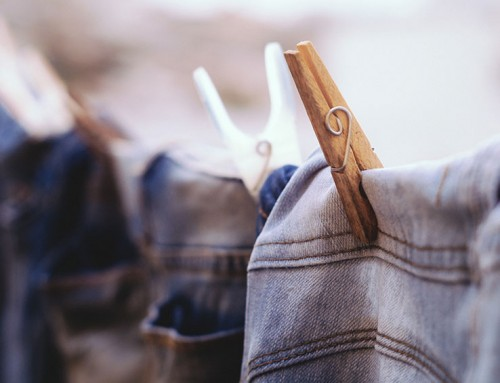 Dit is hoevaak je kleding moet wassen