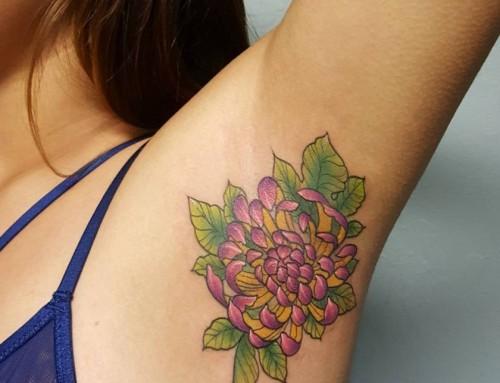 Okseltattoo de nieuwe tattoo-trend?