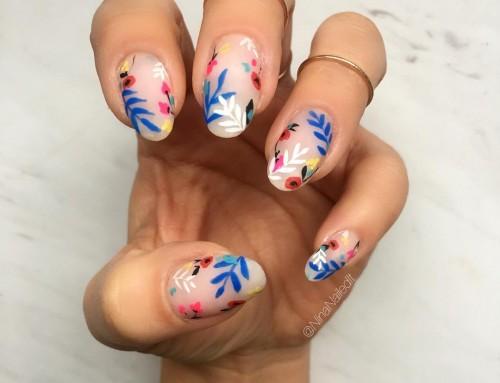 Flower power voor op je nagels